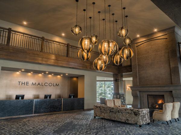 Malcolm Clique Ca Lobby001